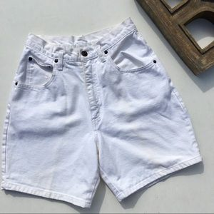 AMI High Waisted White Denim Mom Jeans 8